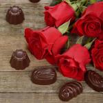 Τριαντάφυλλα και Σοκολάτα: Τα Αρώματα του Αγίου Βαλεντίνου